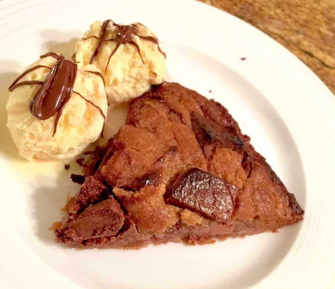 Nutella cookie dough while we watch thegreatbritishbakeoff! Recipe can behellip